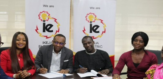 Just In:IkejaElectric signspactwithOnigbagboResidents Association