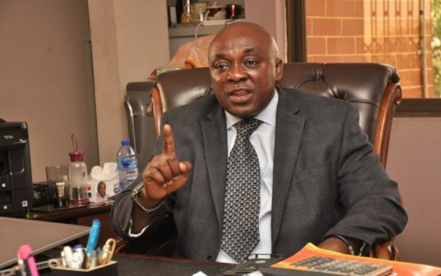 Ghanaiangovernment clashes with Ghana's traders' union over attack on Nigerian businesses