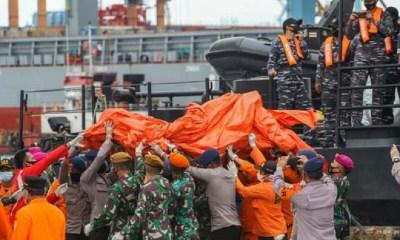 Human remains, plane wreckage of Indonesian Sriwijaya Air found at crash site