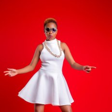 Nairobi fashion hub Vivian Kenya ChezaChiniFtNaiboiandSavara _5