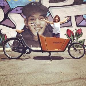 Continuer ma vie à vélo, avec bébé -Biporteur, objet de mes rêves !