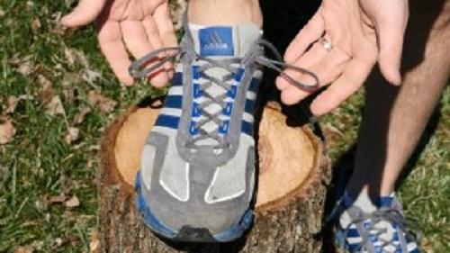 運動する人にオススメ! 靴ひもをしっかり結ぶ方法!!