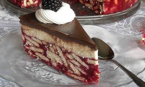 5 odličnih recepata za torte i kolače s kupinama