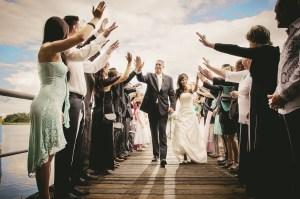 Co dobrać do sukienki na wesele?