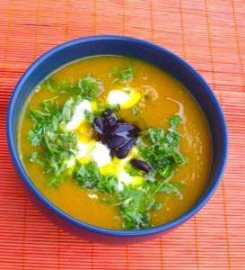 Aromatyczna zupa krem jarzynowa z dynią