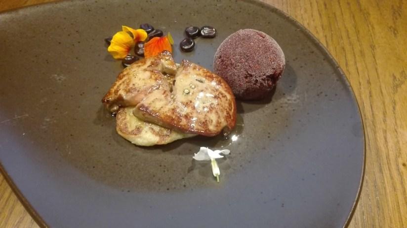 Restauracja Flavoria Poznań - kacze foie gras na blinie gryczanej