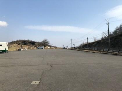 しし岩登山口駐車場