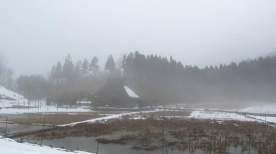 雪解けの霧