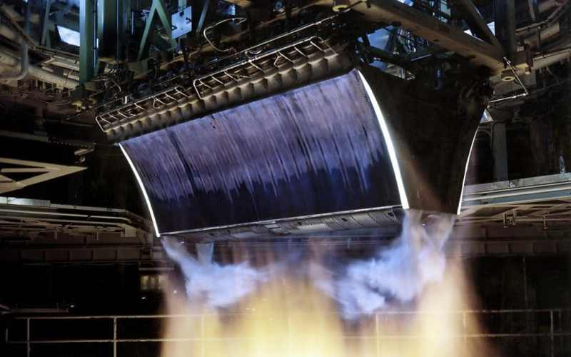 Сопло Лаваля — машина, создающая сверхзвук