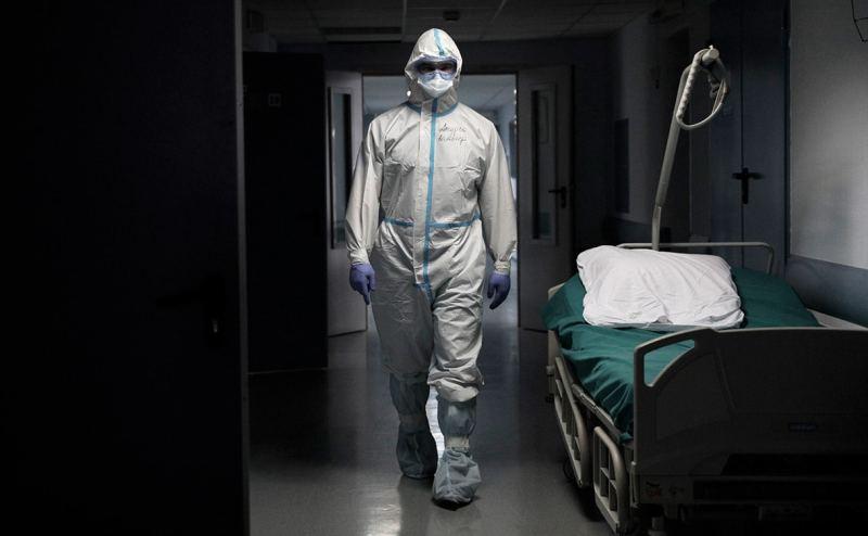 Более 50 тысяч жителей России с Covid-19 умерли в июле 2021-го. Это рекорд с начала пандемии