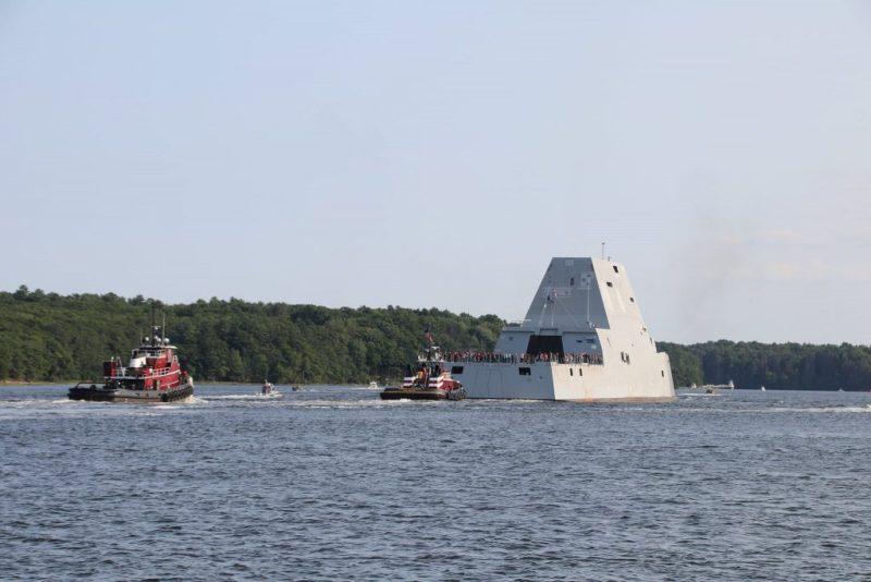 США начали ходовые испытания последнего эсминца Zumwalt