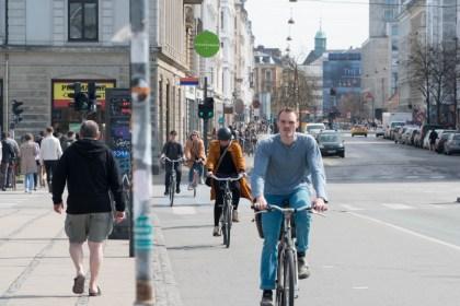자전거 타는 코펜하겐 시민(안상욱 촬영)