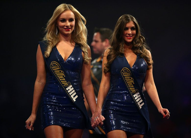 Darts-walk-on-girls