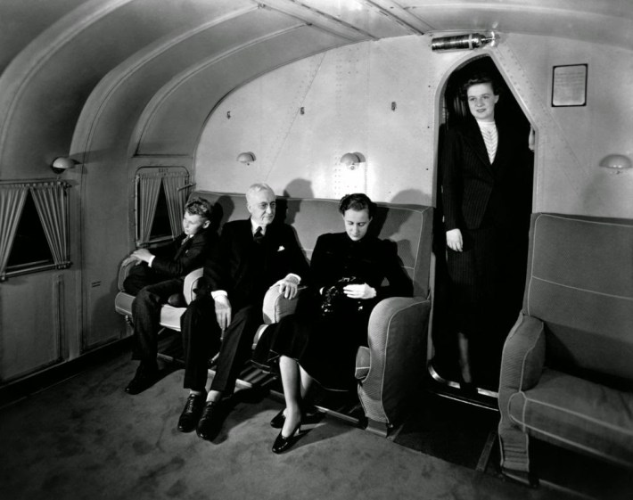 golden-age-air-travel-couches