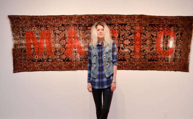 alison-mosshart-makes-wild-paintings-using-remote-control-cars-1435864933