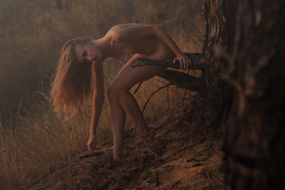 CRIMSON FOREST BY RUSLAN KOLODENSKIY {EXCLUSIVE EDITORIAL/NSFW}