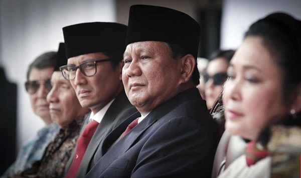 Maaf, Pak Prabowo, Aku Berbalik Arah