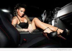 Elegancia en un automóvil