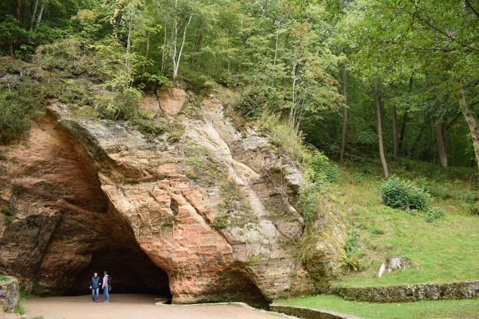Najpiękniejsze zakątki Europy Północnej Jaskinia Łotwa Gutmana