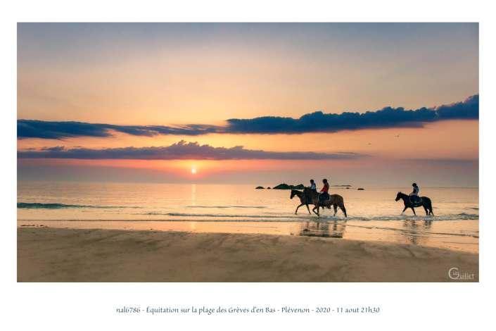 portfolio du photomarcheur - équitation sur la plage des Grèves d'en Bas