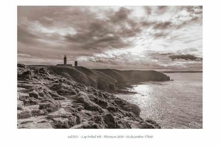 portfolio du photomarcheur - Cap Fréhel en noir et blanc