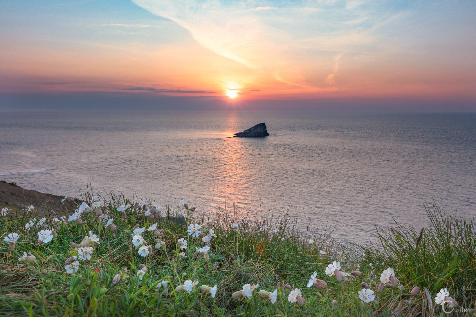 Coucher de soleil au cap Fréhel sur l'amas du Cap