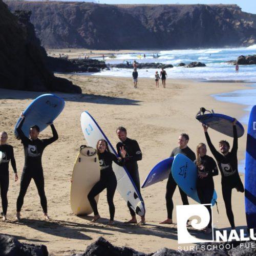 Wellenreiten lernen beim Surfkurs auf Fuerteventura. Nalusurf die Surfschule für Jandia, Costa Calma und La Pared.