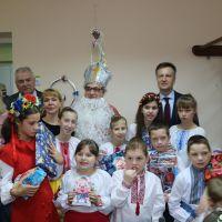 Валентин Наливайченко: Щасливі очі дітей – це найцінніша нагорода