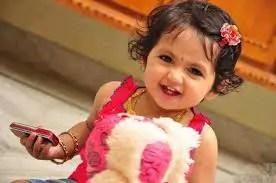 Nama Bayi Perempuan: Rangkaian dan Arti Nama Faryal