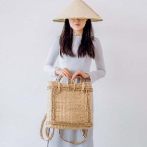 NA-fashional-handcrafted-woven-water-hyacinth-backpack