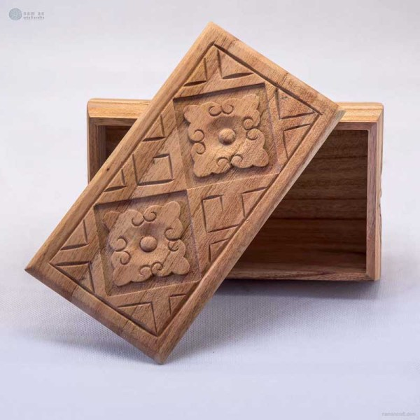 NA-hand-carved-rectangular-wooden-box-with-cloudy-pattern
