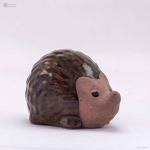 NA-big-brown-ceramic-hedgehog-figurine-ornaments-animal-model-gift-for-home-garden-statue-decorative-crafts