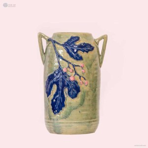 NA-cylindrical-embossed-vase-with-fruits-and-leaves-pattern