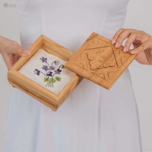 NA-hand-embroidered-silk-handkerchief-with-purple-floral-pattern