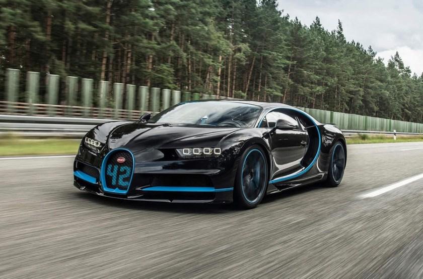 Bugatti Chiron 0 400 0