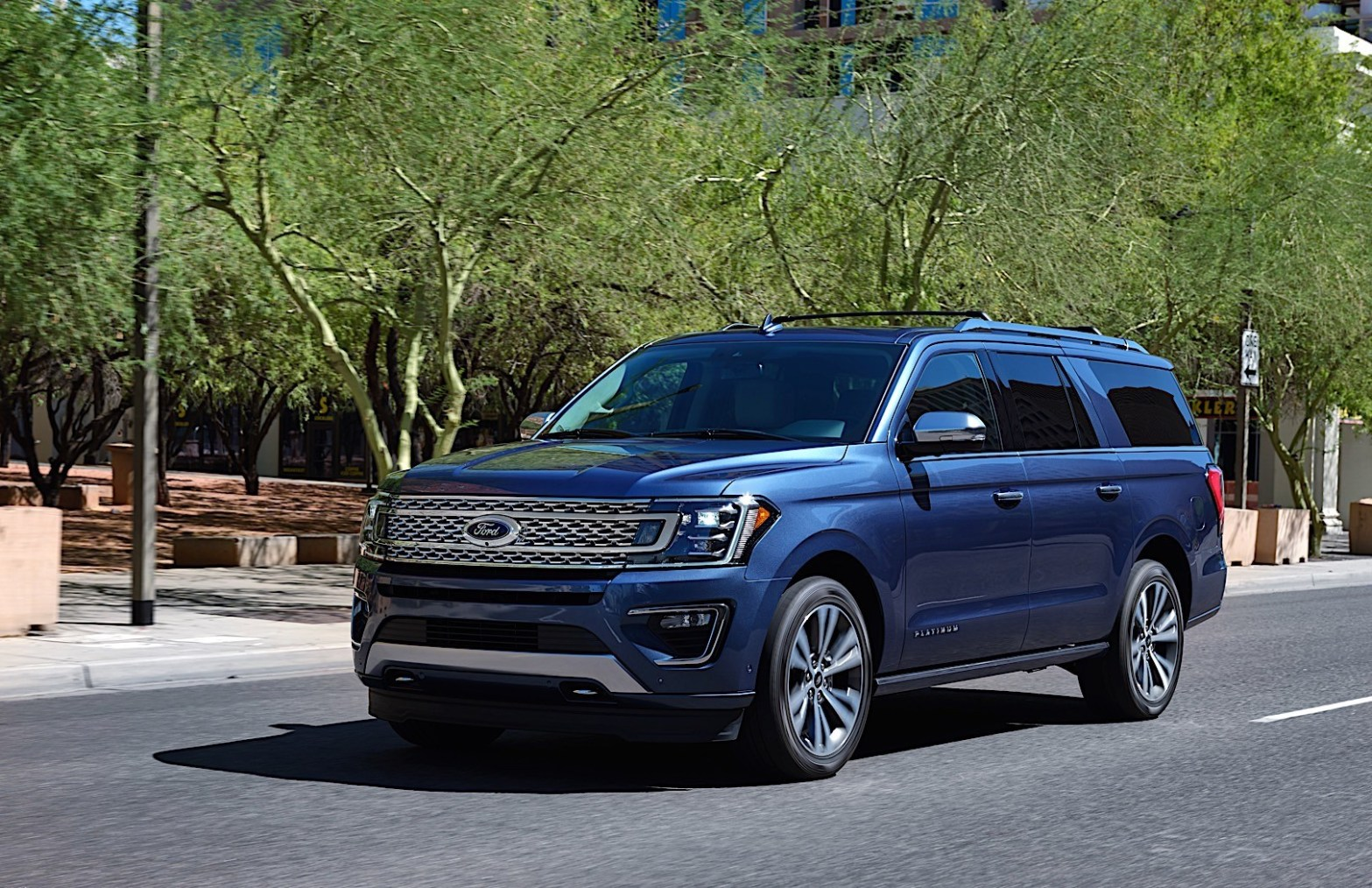 2020 Ford Expedition King Ranch Ford Expedition Platinum