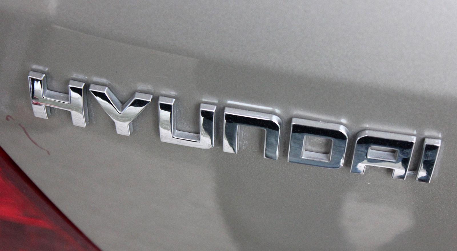 hyundai logo badging