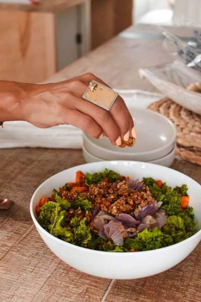 Recette de salade de patates douces et de kale | Namasté & Coco Latté