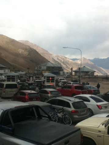 Cars waiting to cross the border into Argentina