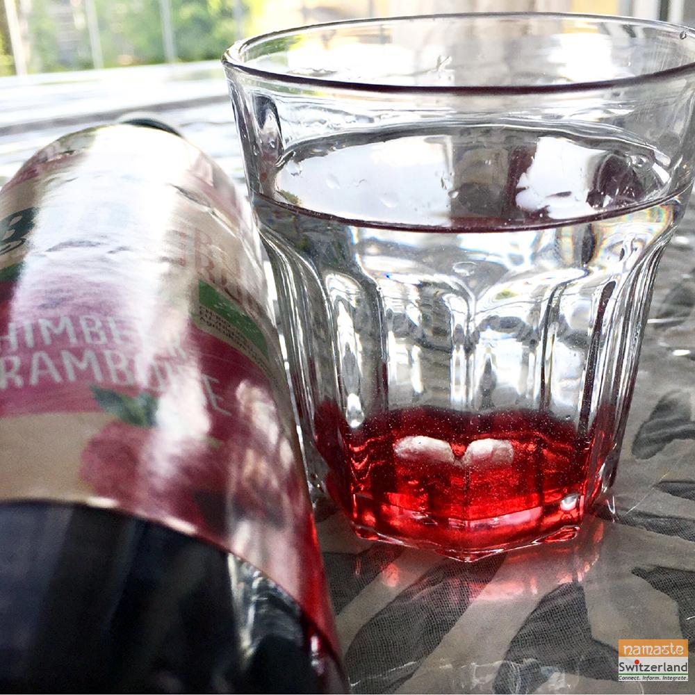 Raspberry Sirup ice