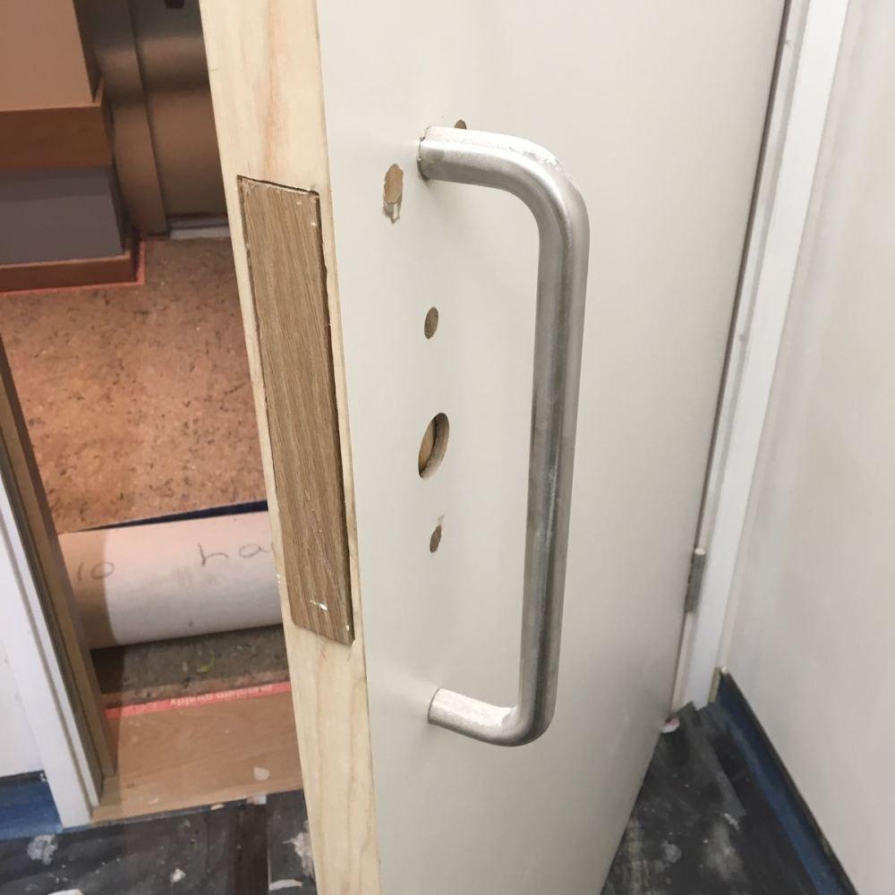 LAMINATED DOOR REPAIR HINGE CUT INCORRECTLY
