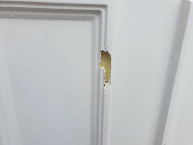 UPVC PLASTIC COMPOSITE FRONT DOOR CHIP SCRATCH DENT BURN CRACK REPAIR MANCHESTER NAMCO REFURBS BEFORE