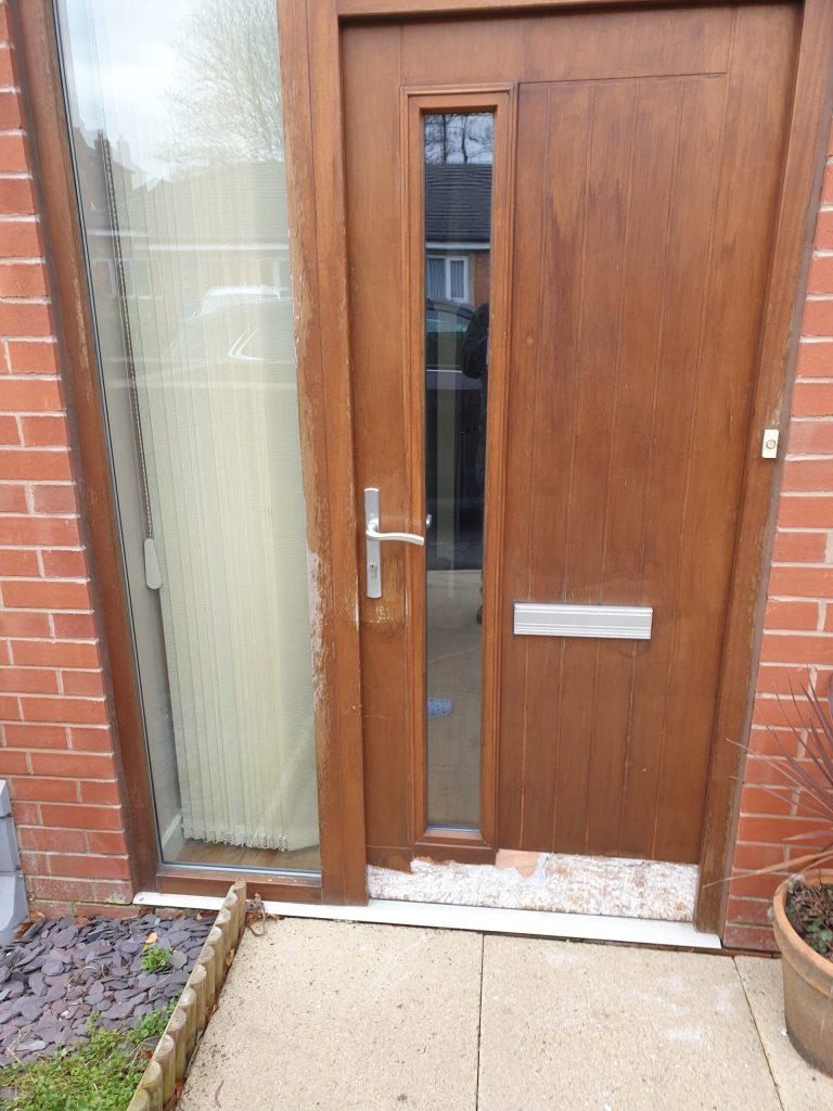 WOODEN FROnT DOOR SPRAY PAINTING DAMP REPAIR BEFORE