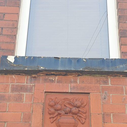 CONCRETE SAND STONE WINDOW SILL CILL CRACK CHIP REPAIR REFURBISHMENT BEFORE 2
