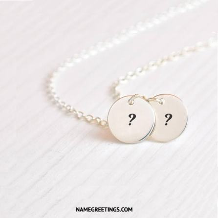 write name initial letters on necklace
