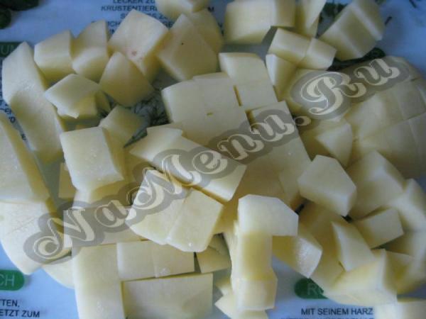 Зеленый борщ с щавелем и яйцом, рецепт с болгарским перцем