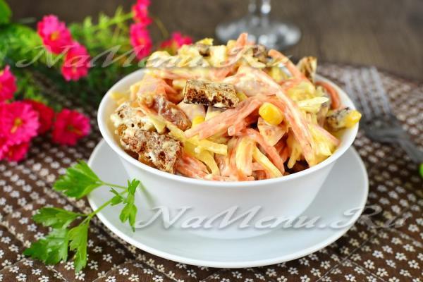 Салат с копченой курицей и морковкой по-корейски, рецепт с ...