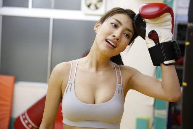 青山めぐが有吉反省会に出演インスタグラムに投稿しているキックボクシングがすごいぞ!!