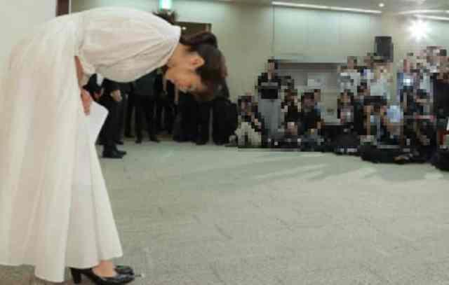斉藤由貴のキス写真が流出してしまった!なぜ流失、リーク先は?