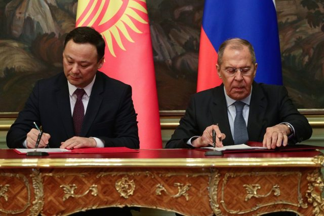 The Minister of Foreign Affairs of the Russian Federation S. Lavrov signed Agreements on the provision of gratuitous technical assistance with the Minister of Foreign Affairs of the Kyrgyz Republic R. Kazakbaev in Moscow